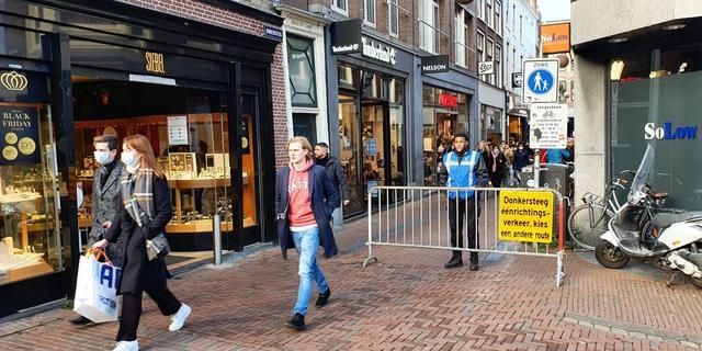 Gemeente Leiden roept mensen op om niet meer naar binnenstad te komen