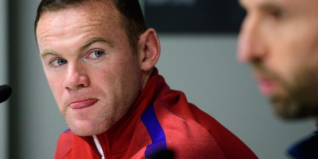 Gepasseerde Rooney spreekt van 'moeilijke periode'