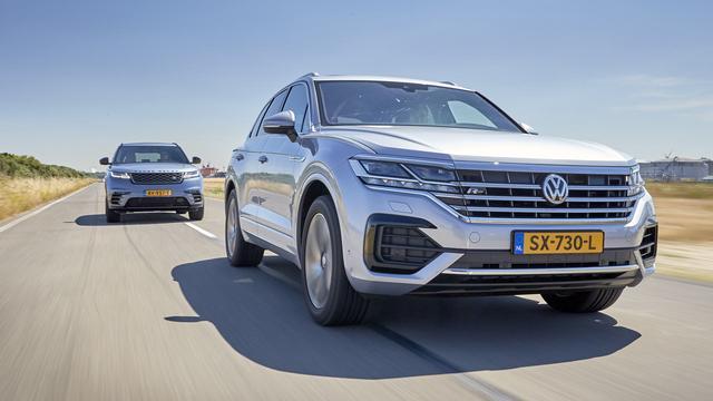 Eerste dubbeltest: Volkswagen Touareg tegen de Range Rover Velar