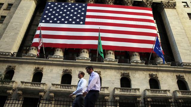 Microsoft blinkt uit in vlakke Dow Jones