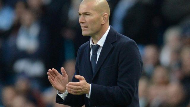 'Salarisverdubbeling voor Zidane bij Real Madrid'