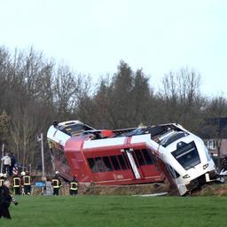 OM eist 250 euro boete voor botsing met trein Winsum