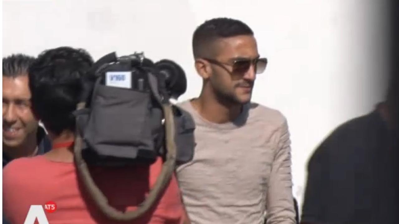 Ajax-aanwinst Hakim Ziyech meldt zich op De Toekomst