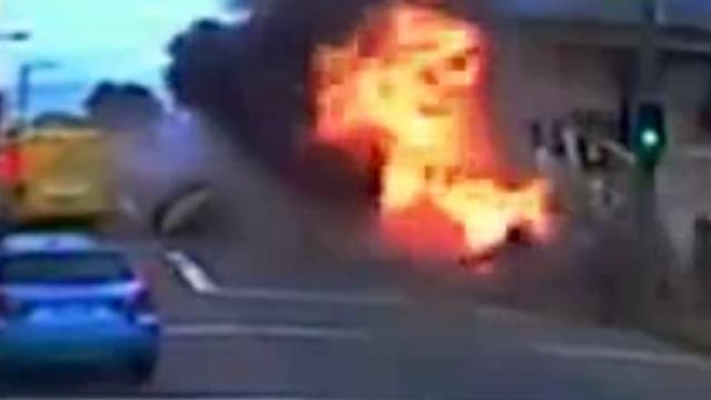 Politie geeft beelden vrij van explosieve crash in Australië