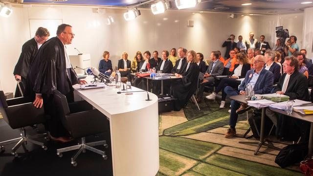 Rechter verbiedt ov-staking in omgeving Schiphol