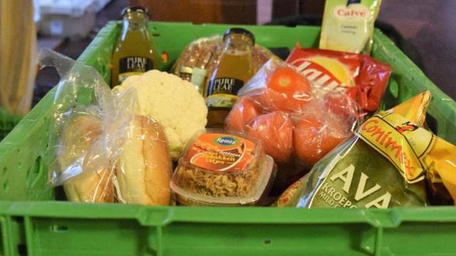 Klanten van Voedselbank Haaglanden krijgen gratis supermarktbon