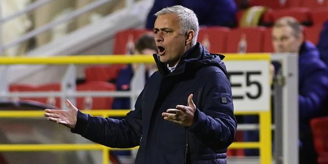 Boze Mourinho wilde alle Tottenham-spelers bij rust wisselen tegen Antwerp