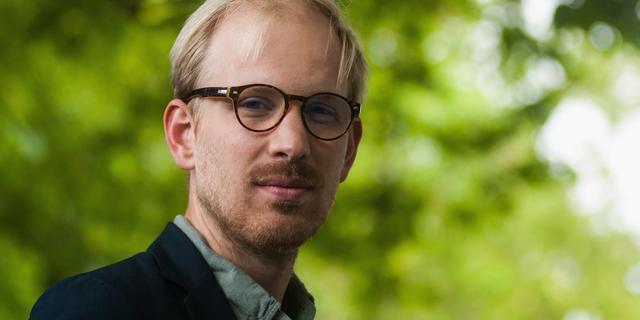 Rutger Bregman krijgt Gouden Boek voor De meeste mensen deugen