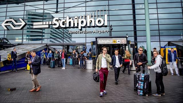 Liveblog: korte brandstofstoring op Schiphol opgelost