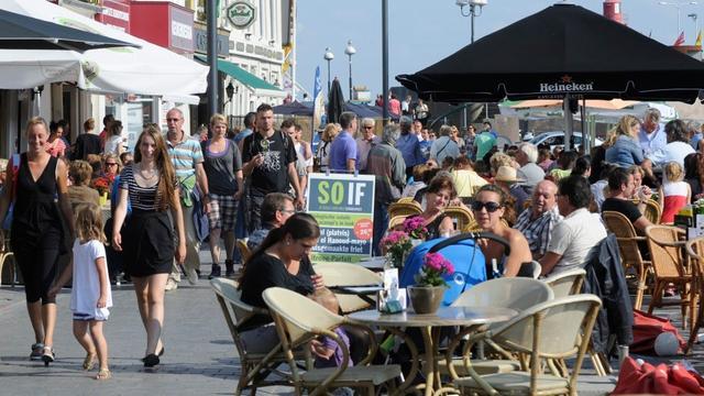 Parkeerterrein Kleine Markt Vlissingen na jaren gevuld