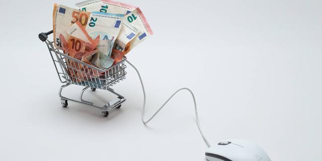 Man krijgt cel voor bestellen dure producten met gehackte Wehkamp-accounts