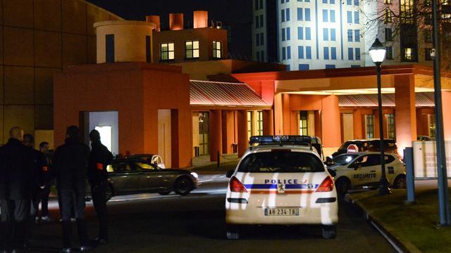'Man met twee vuurwapens op zak opgepakt bij hotel Disneyland Parijs'
