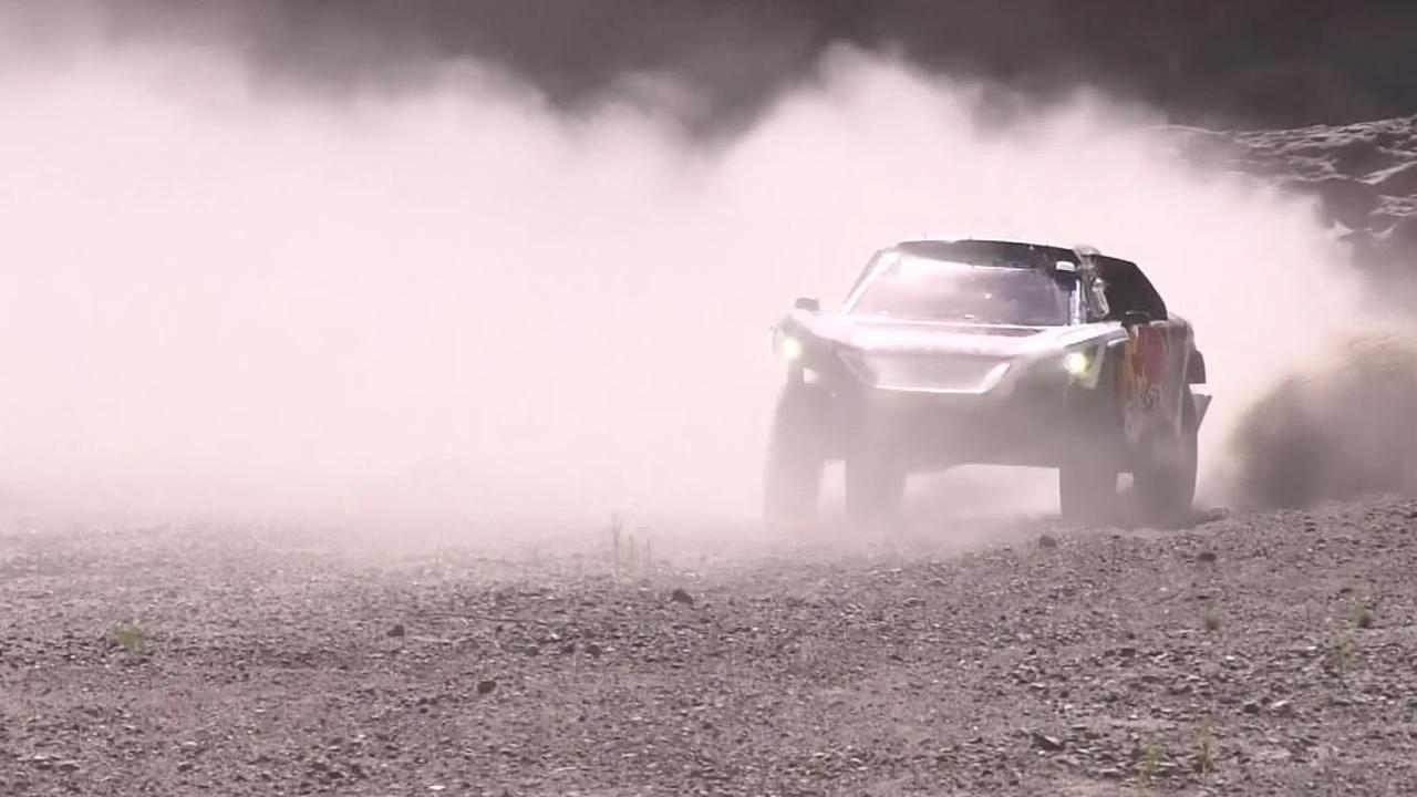 Bekijk de hoogtepunten van etappe 10 van de Dakar Rally