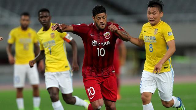 Chinese voetbalbond gaat buitenlandse transfers zwaar belasten