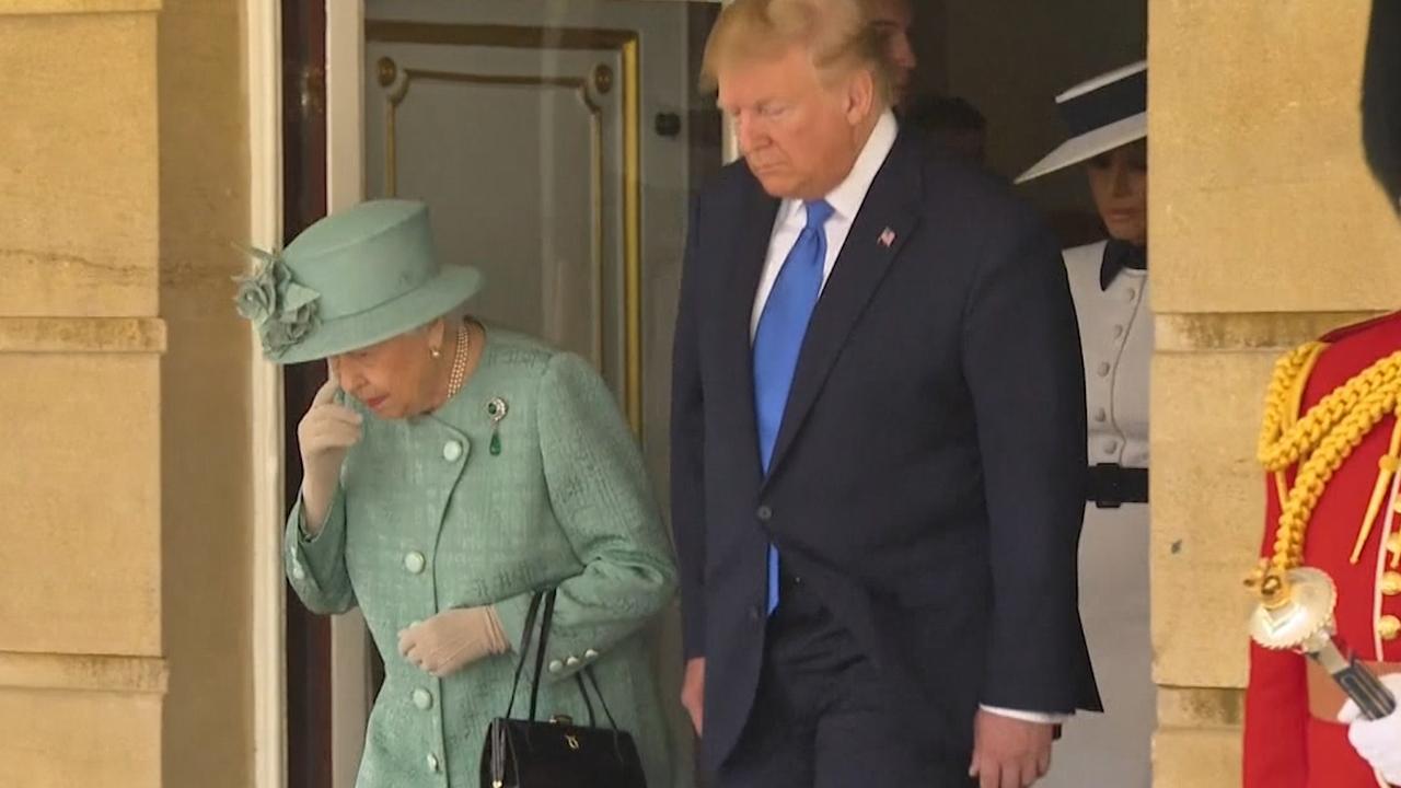 Britse koningin ontvangt Trump tijdens omstreden staatsbezoek