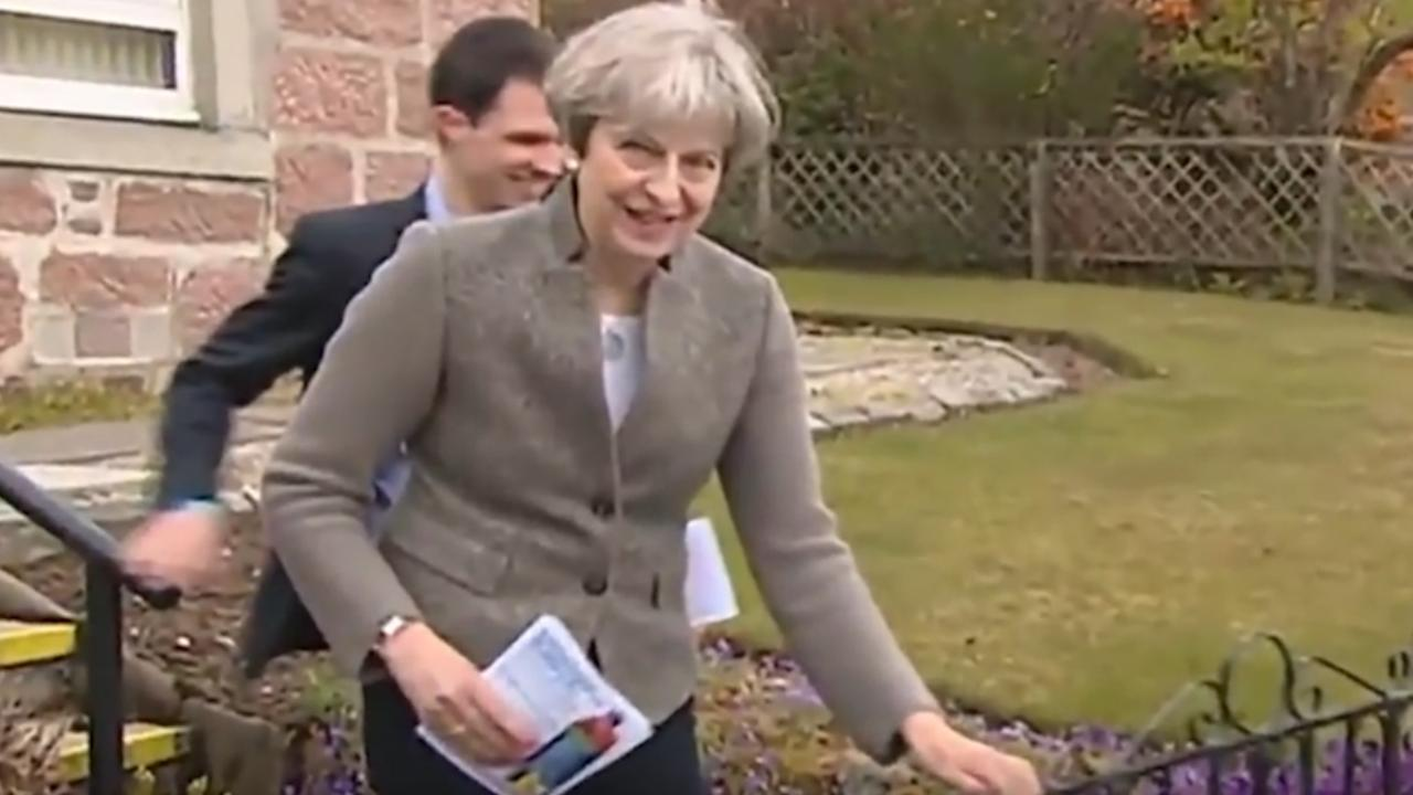 Theresa May vangt bot in Aberdeenshire