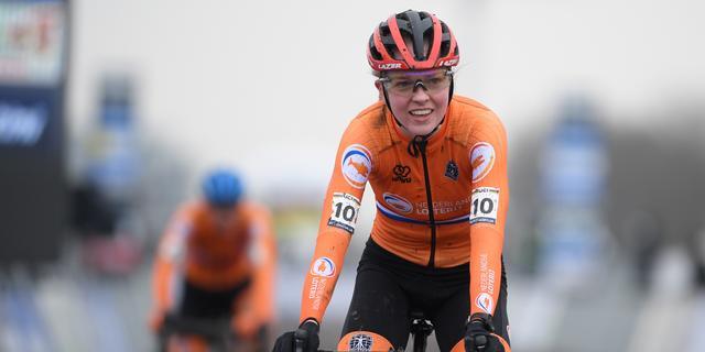 Ook belofte Van Empel zorgt voor Nederlands goud bij WK veldrijden