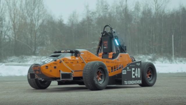 Studenten Eindhoven bouwen zelfrijdende raceauto