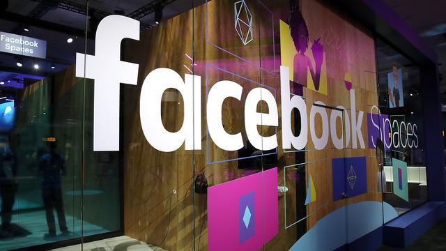 Facebook schorst nog twee bedrijven om dataschandaal