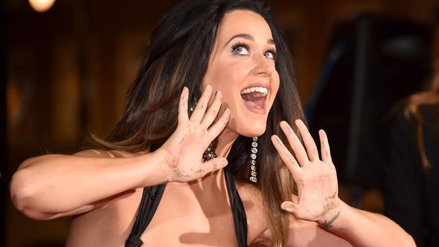 Katy Perry geeft optreden tijdens Grammy Awards