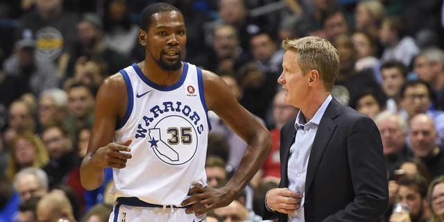 Warriors moeten naast Curry en Thompson voorlopig ook Durant missen